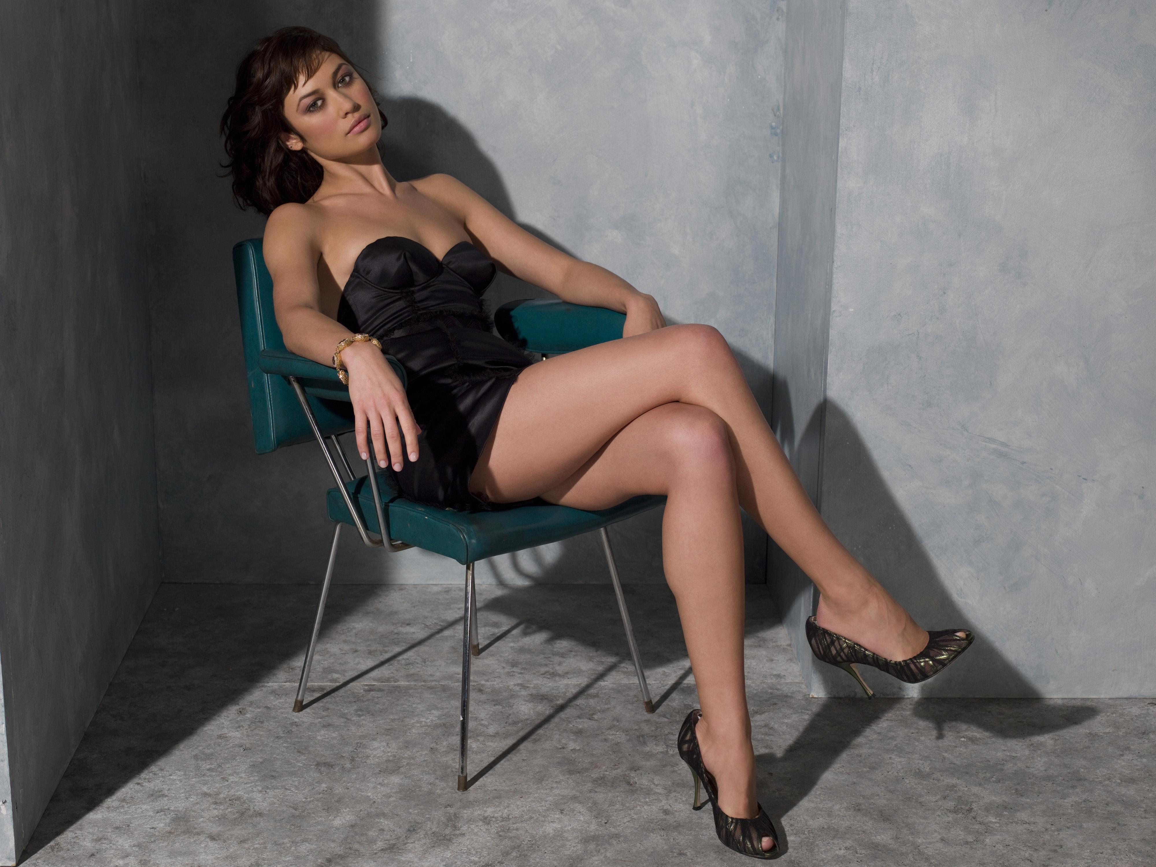 Сидеть на полных коленях фото 10 фотография
