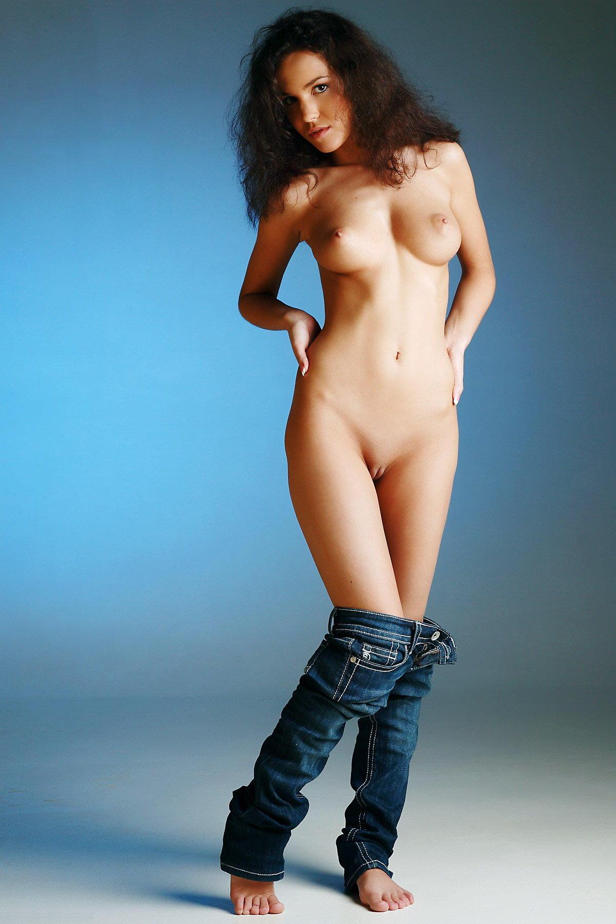 Шлюха в джинсах фото 6 фотография