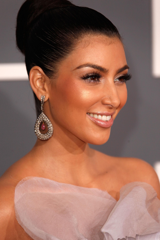 Ким кардашян и ее макияж фото