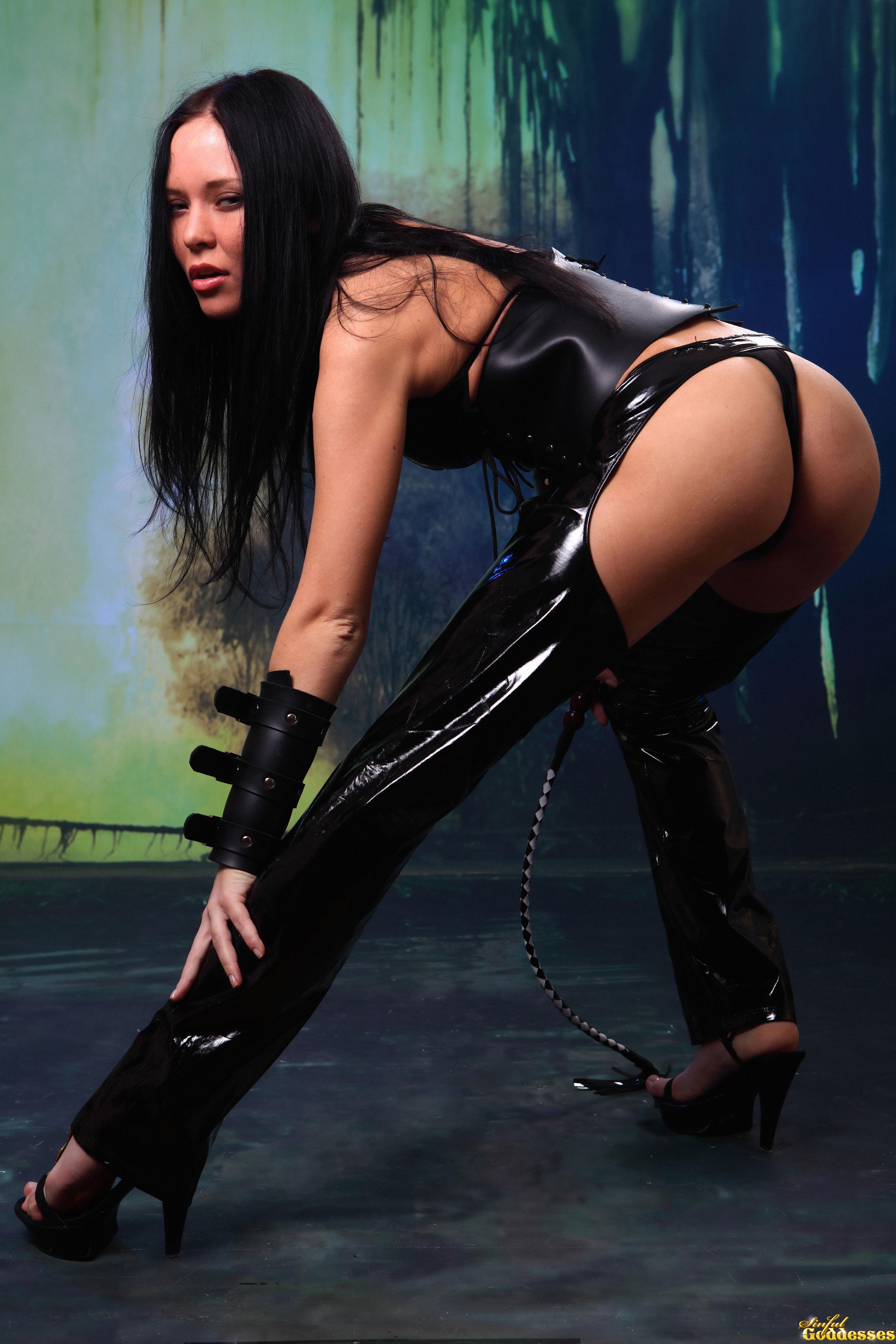 Сексуальные игры раб и госпожа 25 фотография