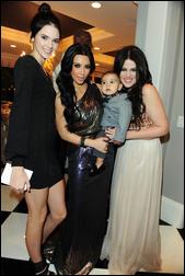 5410746_Kim_Kardashian_82.jpg