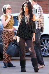 5419359_Kim_Kardashian_98.jpg